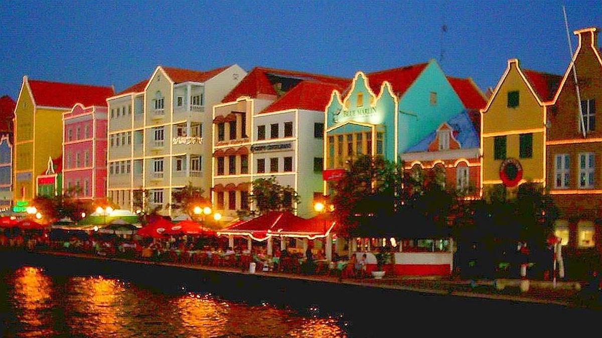 Willemstad Handelskade Punda Curacao